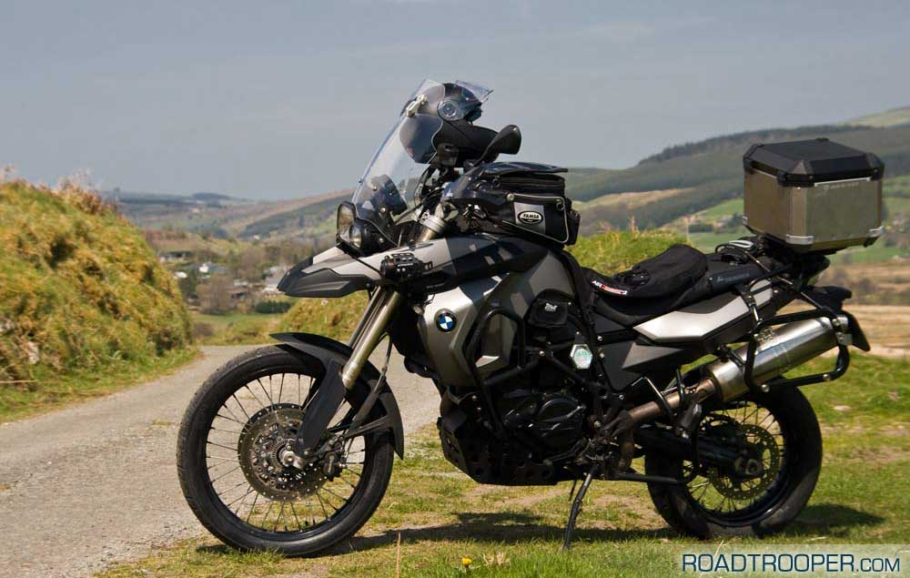 So far the F800GS is very happy with the new Michelin Anakee 3 tyres…